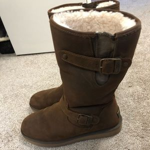 UGG Ladies Leather and Sheepskin Boots, size 9